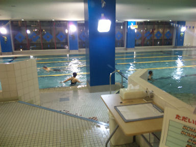Central_fitness_club090708_002