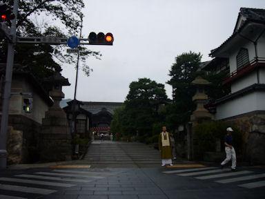 20090809zenkoji001
