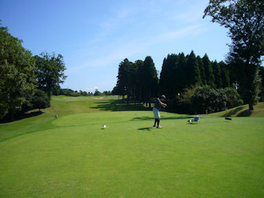 Nouvelle_golf_clubo090829_001