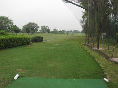 Akabane_golf_renshujo100523
